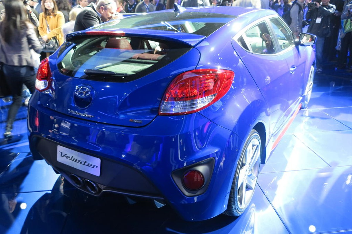 2014 hyundai veloster turbo r spec review