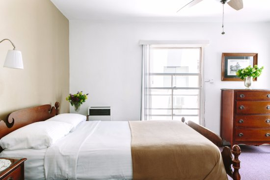 claremont hotel los angeles reviews